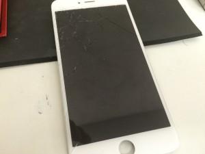 アイフォンのガラス・液晶部品